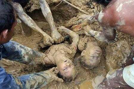 CCTVcom孟加拉国暴雨造成至少91人死亡组